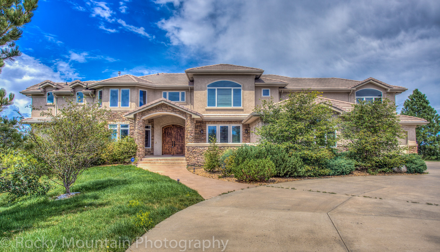 Residential Real Estate HDR Exterior-10