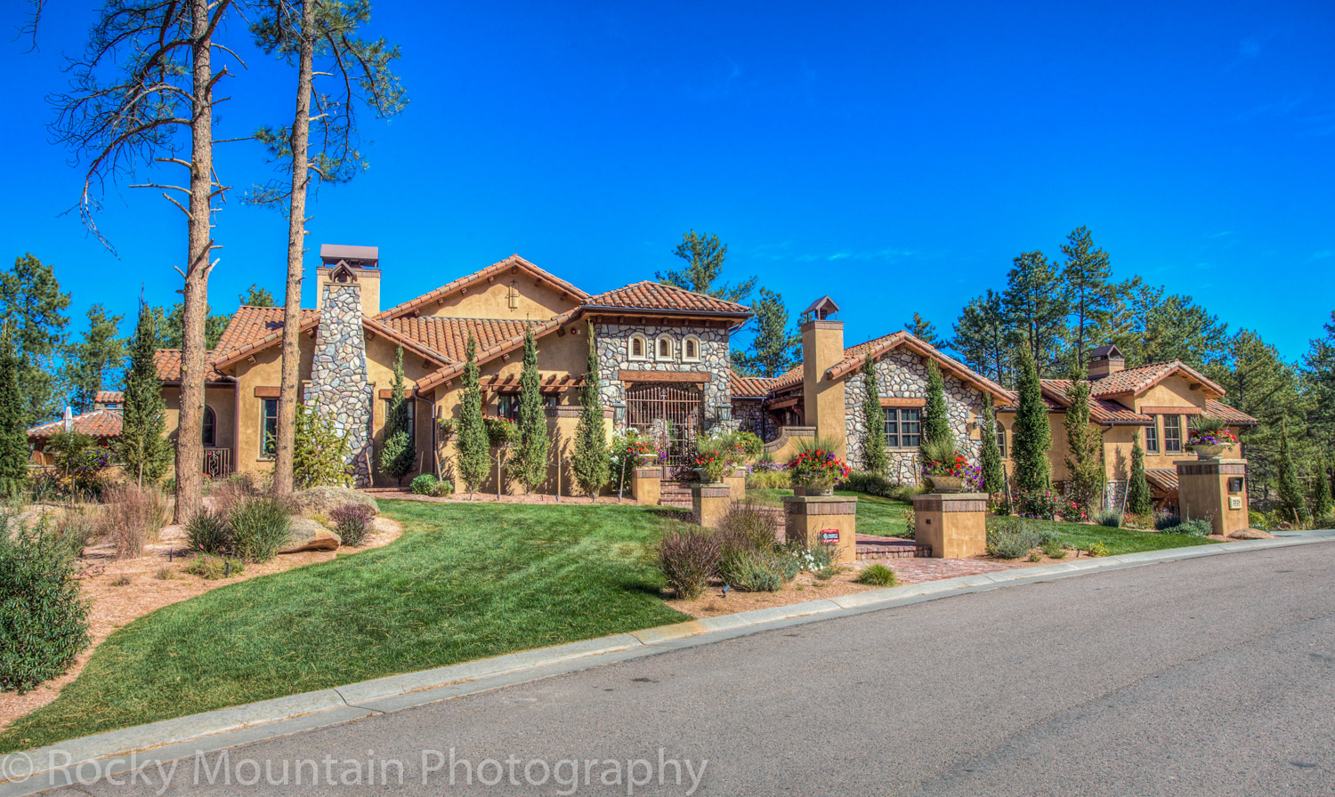 Residential Real Estate HDR Exterior-21
