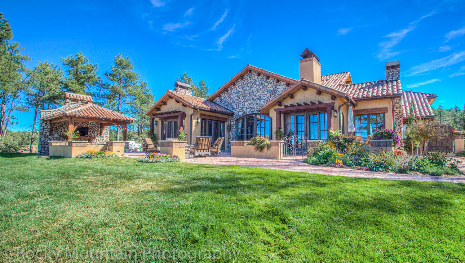 Residential Real Estate HDR Exterior-22