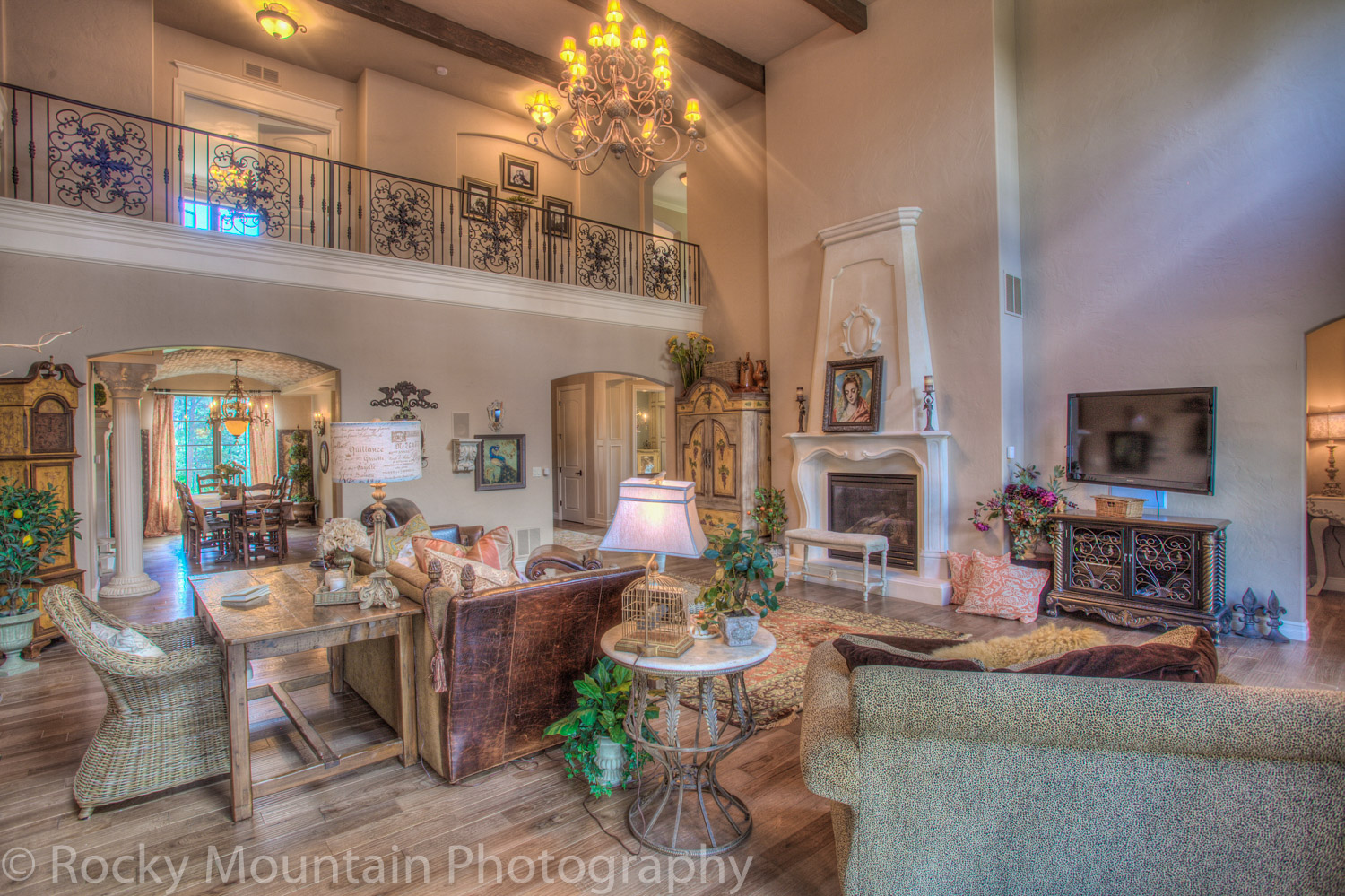 Residential Real Estate HDR Interior-18