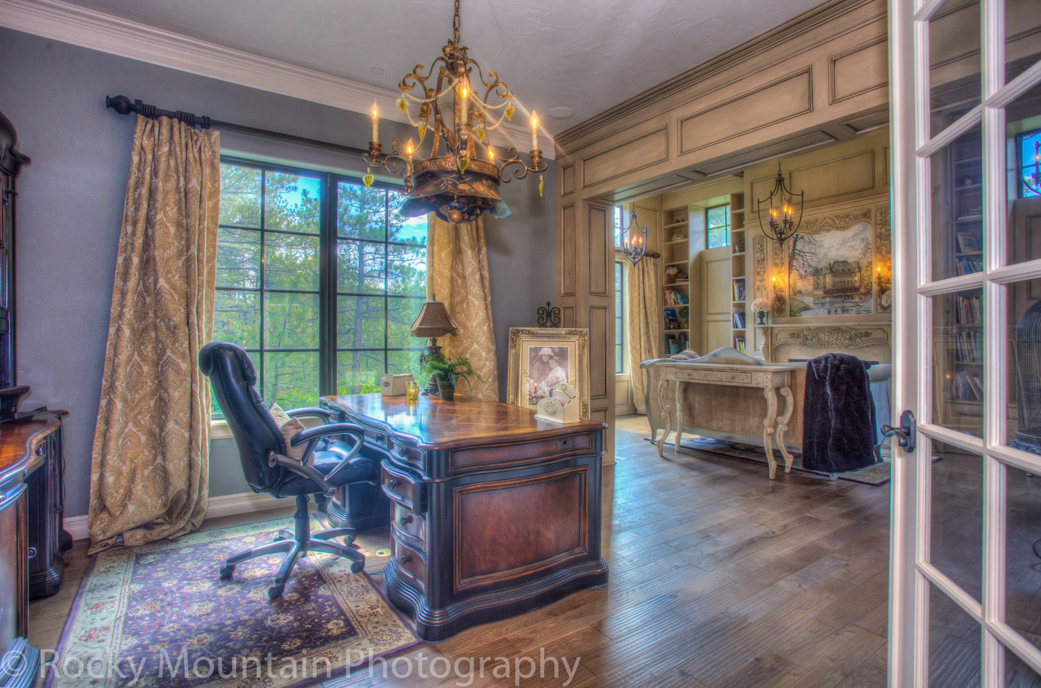 Residential Real Estate HDR Interior-19