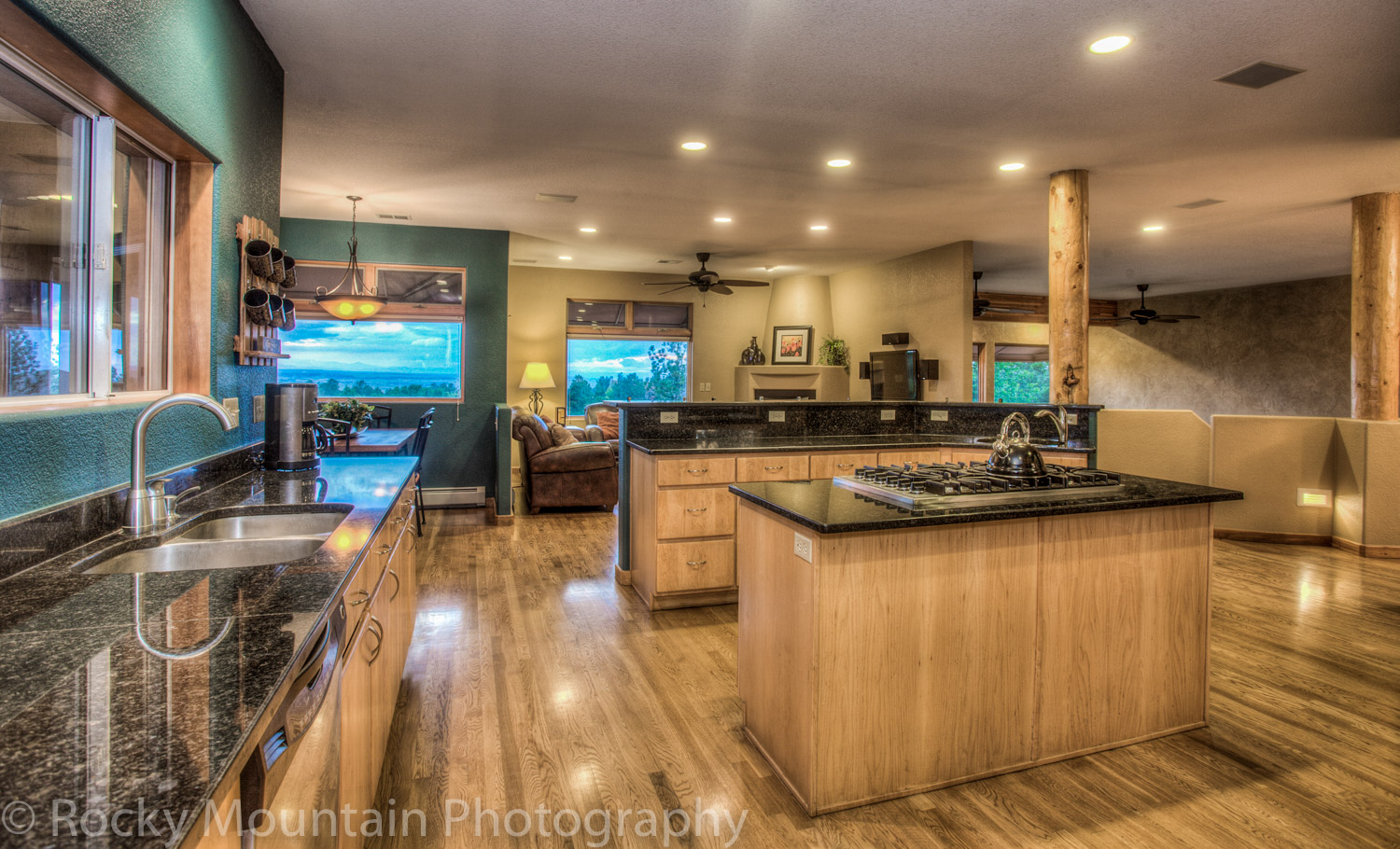 Residential Real Estate HDR Interior-36