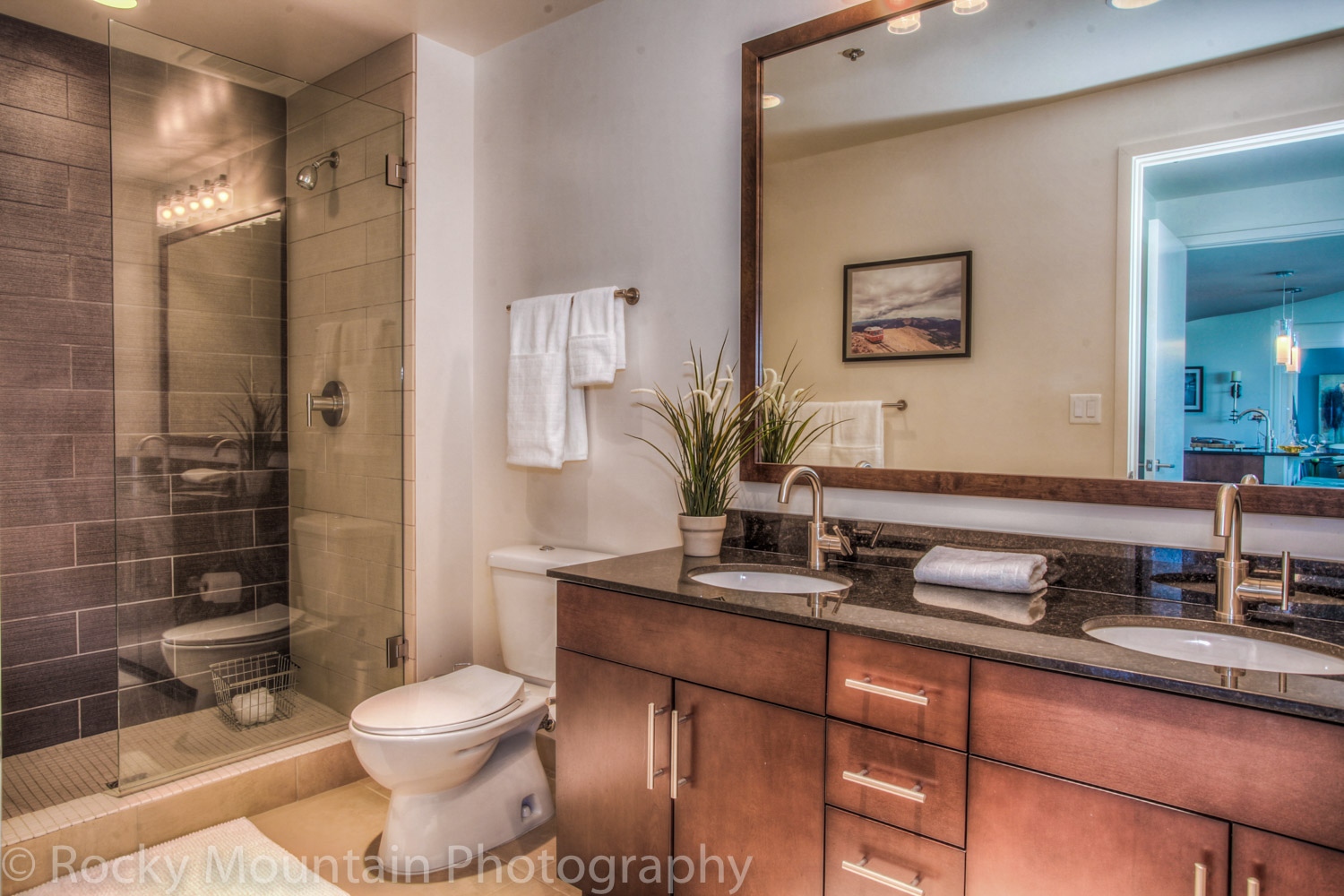Residential Real Estate HDR Interior-45